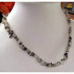 collier baroque quartz à tourmaline